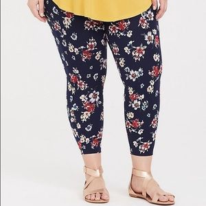 Navy Florals Cropped Leggings Size 12